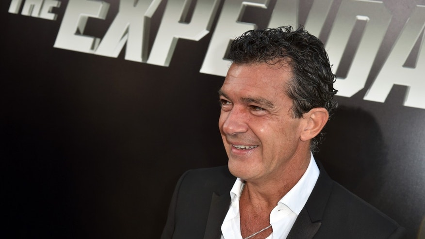 "HOLLYWOOD, CA - AUGUST 11:  Actor Antonio Banderas attends the premiere of Lionsgate Films' ""The Expendables 3"" at TCL Chinese Theatre on August 11, 2014 in Hollywood, California.  (Photo by Kevin Winter/Getty Images)"