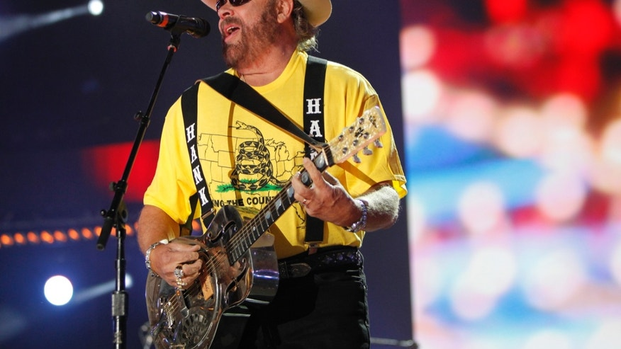 Hank Williams Jr. performs during the Country Music Association (CMA)  Music Festival in Nashville, Tennessee June 7, 2012. REUTERS/Harrison McClary (UNITED STATES - Tags: ENTERTAINMENT) - RTR339UW