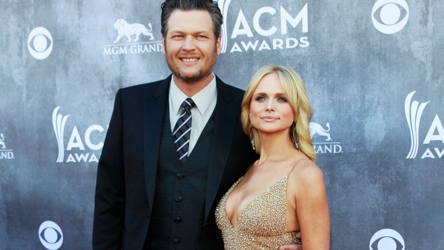 Musicians Blake Shelton and Miranda Lambert arrive at the 49th Annual Academy of Country Music Awards in Las Vegas, Nevada April 6, 2014.