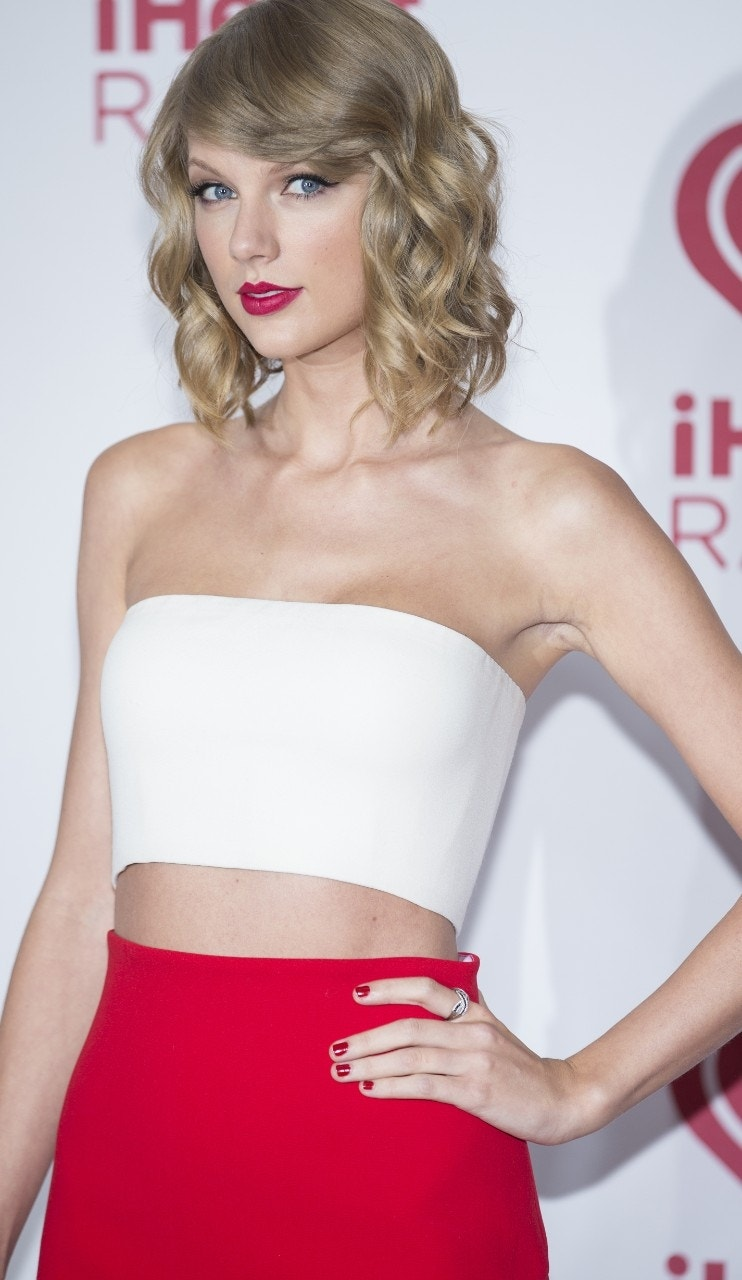 Taylor Swift: Why would anyone want to date me?