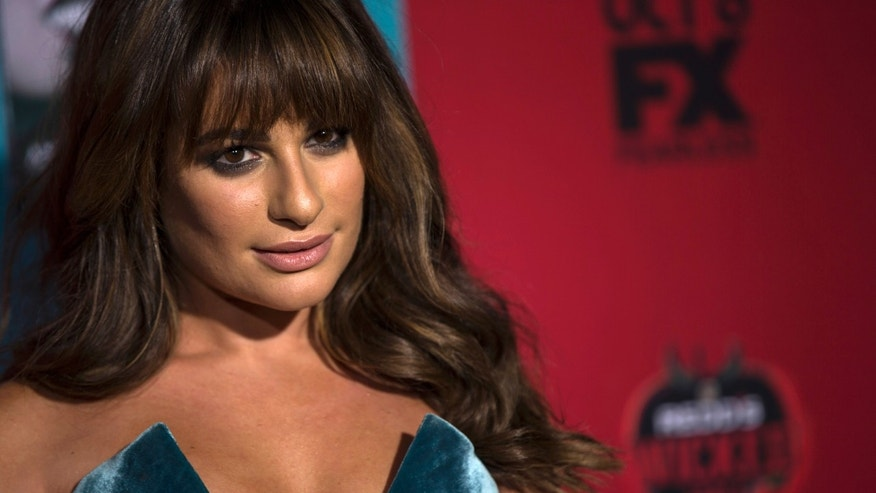 "Actress Lea Michele poses at the premiere of ""American Horror Story: Freak Show"" in Hollywood, California October 5, 2014. The fourth season premieres on FX on October 8. REUTERS/Mario Anzuoni  (UNITED STATES - Tags: ENTERTAINMENT) - RTR491SF"