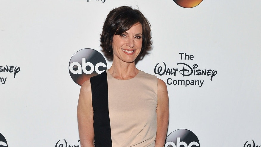 Elizabeth Vargas attends A Celebration of Barbara Walters Cocktail Reception on May 14, 2014 in New York City.