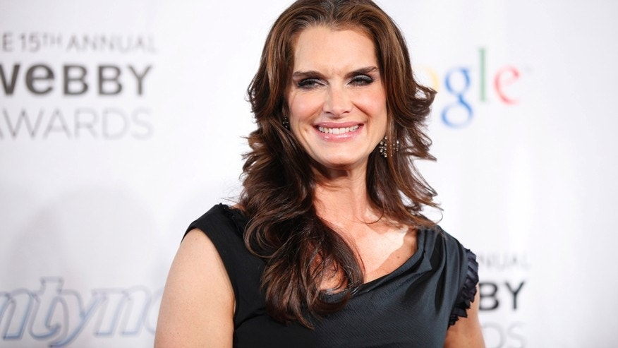Actress Brooke Shields arrives at the 15th annual Webby Awards in New York June 13, 2011.