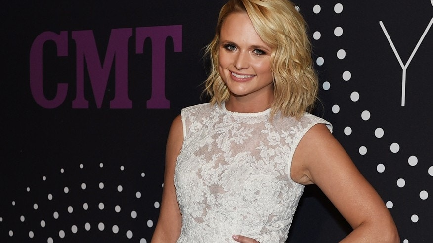 Miranda Lambert arrives at CMT Artists Of The Year at Schermerhorn Symphony Center on Tuesday, Dec. 2, 2014, in Nashville, Tenn.
