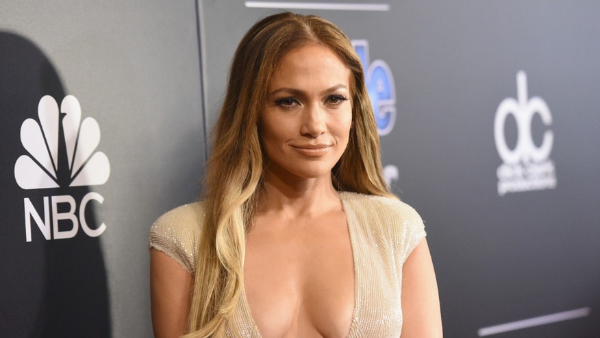 BEVERLY HILLS, CA - DECEMBER 18:  Singer/actress Jennifer Lopez attends the PEOPLE Magazine Awards at The Beverly Hilton Hotel on December 18, 2014 in Beverly Hills, California.  (Photo by Jason Merritt/Getty Images)