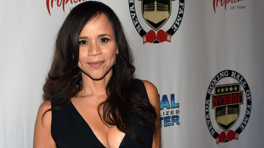 LAS VEGAS, NV - AUGUST 09:  Actress and emcee Rosie Perez arrives at the second annual Nevada Boxing Hall of Fame induction gala at the New Tropicana Las Vegas on August 9, 2014 in Las Vegas, Nevada.  (Photo by Ethan Miller/Getty Images)