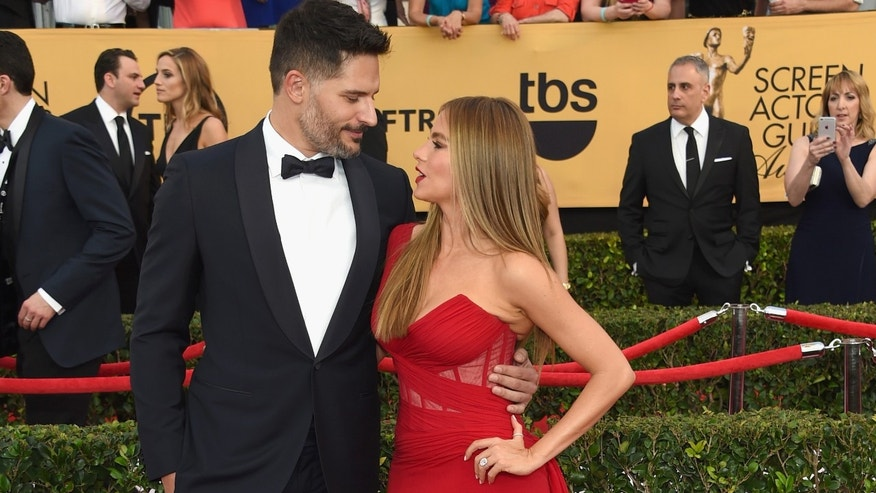 LOS ANGELES, CA - JANUARY 25:  Actors Joe Manganiello (L) and Sofia Vergara attend the 21st Annual Screen Actors Guild Awards at The Shrine Auditorium on January 25, 2015 in Los Angeles, California.  (Photo by Ethan Miller/Getty Images)