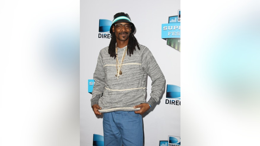 Jan 30, 2015. Snoop Dogg is seen at the 2015 DIRECTV Super Fan Fest in Glendale, Ariz.