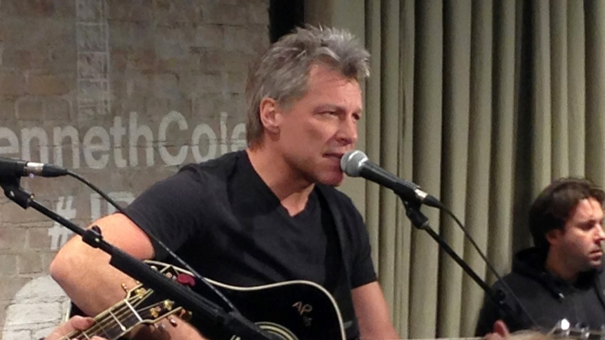 Feb 12, 2015. Bon Jovi performs in New York as part of an acoustic music series, Common Thread, an initiative created by the award-winning singer-songwriter, and fashion designer Kenneth Cole.