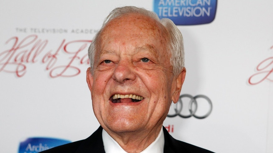 "Bob Schieffer, host of the CBS news program ""Face the Nation"" and Hall of Fame inductee, poses at the Academy of Television Arts & Sciences 22nd annual Hall of Fame gala in Beverly Hills, California March 11, 2013. REUTERS/Fred Prouser (UNITED STATES - Tags: ENTERTAINMENT) - RTR3EV95"
