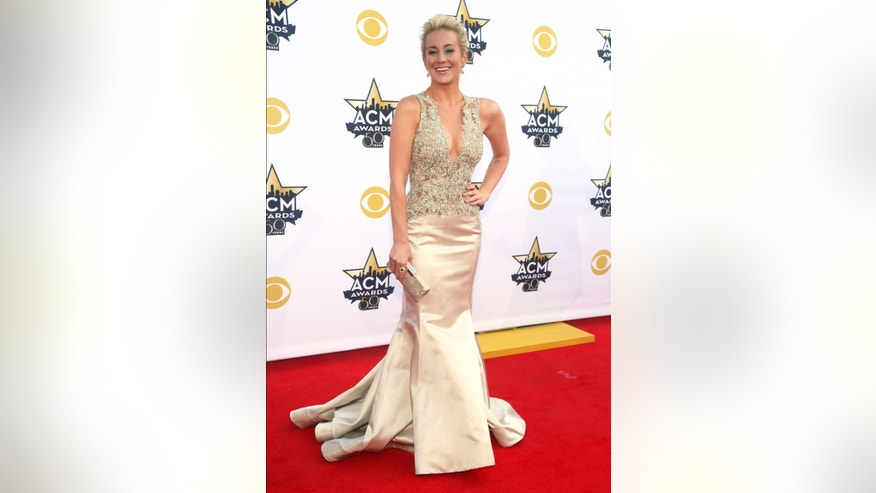 Kellie Pickler arrives at the 50th annual Academy of Country Music Awards at AT&T Stadium on Sunday, April 19, 2015, in Arlington, Texas. (Photo by Jack Plunkett/Invision/AP)