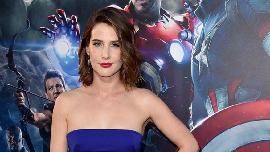 "HOLLYWOOD, CA - APRIL 13:  Actress Cobie Smulders attends the premiere of Marvel's ""Avengers: Age Of Ultron"" at Dolby Theatre on April 13, 2015 in Hollywood, California.  (Photo by Kevin Winter/Getty Images)"