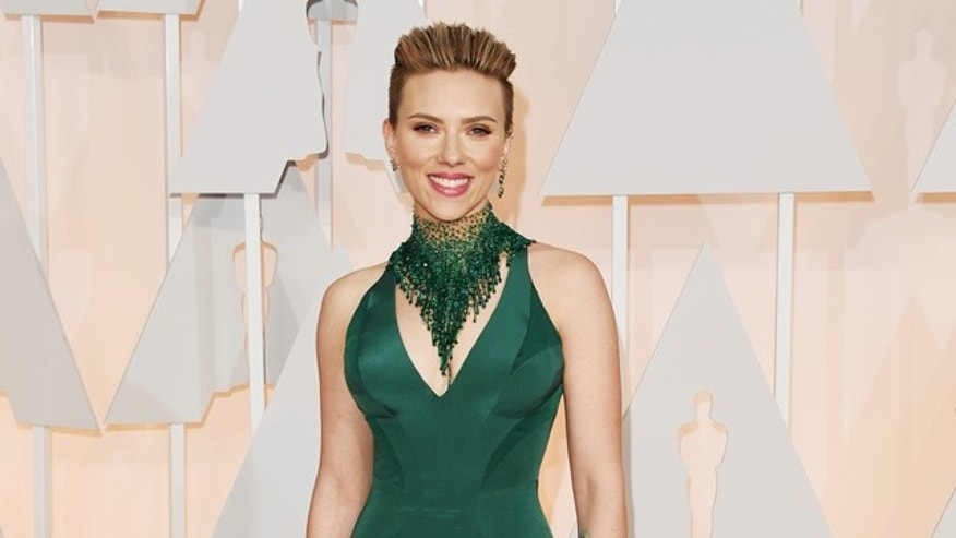 February 22, 2015.  Actress Scarlett Johansson attends the 87th Annual Academy Awards in Hollywood, California.