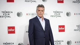 "Actor Ray Liotta arrives at a screening of the film ""Goodfellas"" during the Tribeca Film Festival in New York City April 25, 2015. REUTERS/Eric Thayer - RTX1AAGZ"