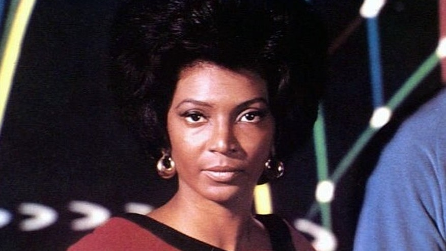 "Nichelle Nichols headshot, as Lt. Uhura, from tv series ""Star Trek"", photo"