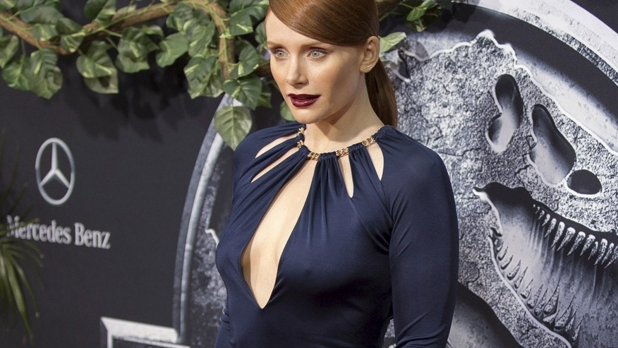 "Cast member Bryce Dallas Howard poses at the premiere of ""Jurassic World"" in Hollywood, California June 9, 2015. The movie opens in the U.S. on June 12."