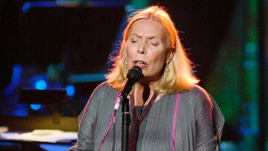 November 14, 2002. Joni Mitchell performing in Los Angeles.
