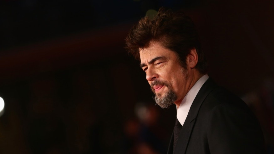 ROME, ITALY - OCTOBER 19:  Benicio Del Toro attends the 'Escobar: Paradise Lost' Red Carpet during the 9th Rome Film Festival on October 19, 2014 in Rome, Italy.  (Photo by Vittorio Zunino Celotto/Getty Images)