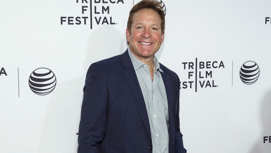 "Actor Steve Guttenberg arrives for the world premiere of the film ""Live From New York"" at the 2015 Tribeca Film Festival in New York April 15, 2015.  REUTERS/Andrew Kelly - RTR4XIXN"