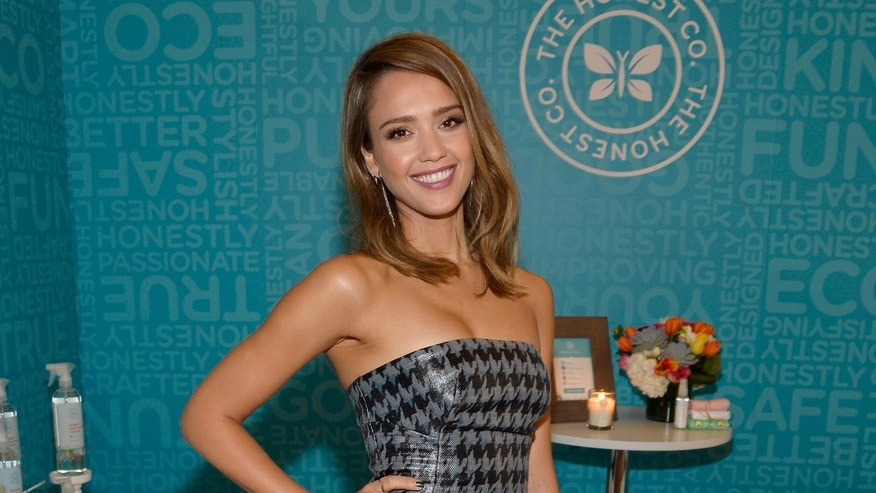BEVERLY HILLS, CA - OCTOBER 04:  The Honest CompanyÃâs Jessica Alba attends Variety's 5th Annual Power of Women event presented by Lifetime at the Beverly Wilshire Four Seasons Hotel on October 4, 2013 in Beverly Hills, California.  (Photo by Frazer Harrison/Getty Images for Variety)