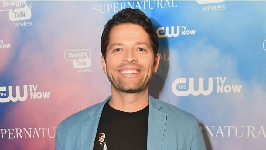 "LOS ANGELES, CA - NOVEMBER 03:  Actor Misha Collins attends the CW's Fan Party to Celebrate the 200th episode of ""Supernatural"" on November 3, 2014 in Los Angeles, California.  (Photo by Alberto E. Rodriguez/Getty Images)"