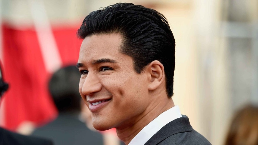Mario Lopez attends the Screen Actors Guild Awards on January 25, 2015 in Los Angeles, California.