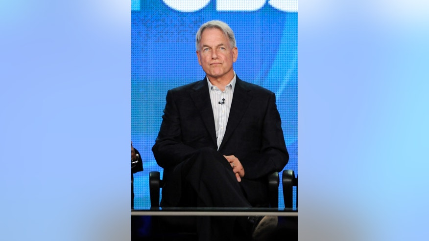 "Cast members (L-R) Rocky Carroll, Mark Harmon and Cote de Pablo participate in a panel for CBS series ""NCIS""  during the CBS sessions at the Television Critics Association winter press tour in Pasadena, California January 11, 2012. REUTERS/Phil McCarten (UNITED STATES - Tags: ENTERTAINMENT) - RTR2W620"