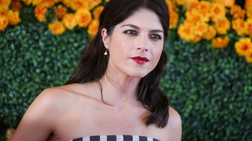 Selma Blair arrives at the Veuve Clicquot Polo Classic at Will Rogers State Historic Park on Saturday, Oct. 17, 2015, in Pacific Palisades, Calif.
