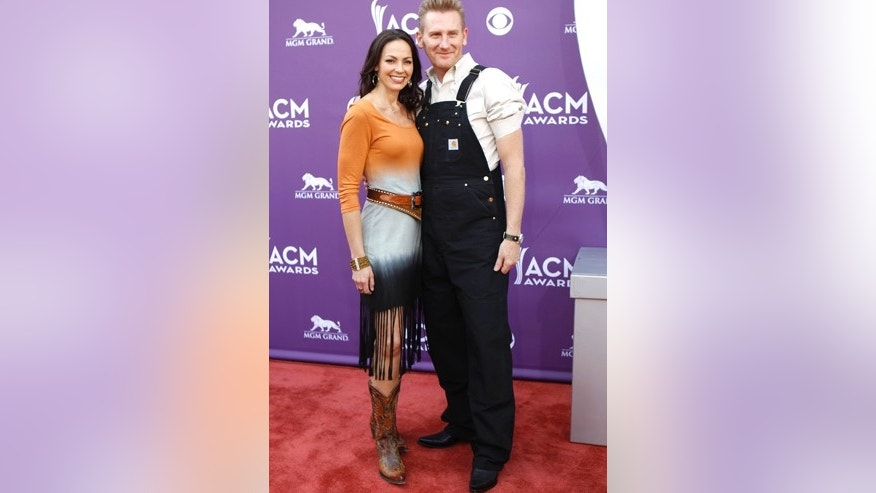 Joey+Rory, Joey Martin Feek (L) and Rory Lee Feek, arrive at the 48th ACM Awards in Las Vegas, April 7, 2013.