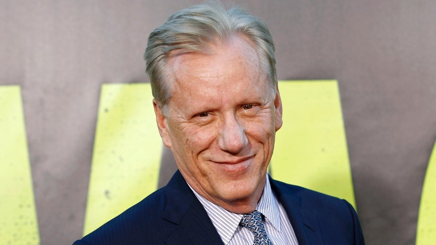 "Actor James Woods arrives at the premiere of the film ""Savages"" in Los Angeles June 25, 2012."