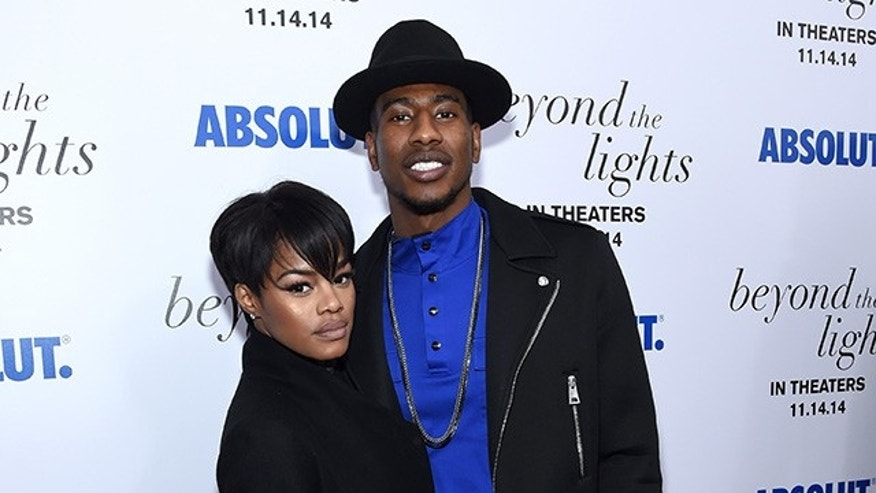 "NEW YORK, NY - NOVEMBER 13: Teyana Taylor (L) and basketball player Iman Shumpert attend The New York Premiere Of Relativity Media's ""Beyond the Lights"" on November 13, 2014 in New York City.  (Photo by Larry Busacca/Getty Images for Relativity Media)"