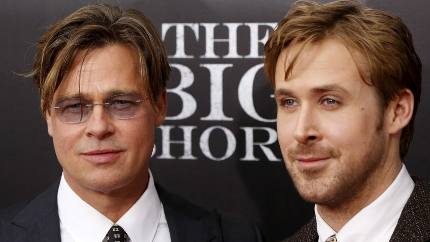 "Cast members Brad Pitt and Ryan Gosling pose on the red carpet at the premiere of  ""The Big Short"" in New York November 23, 2015.   REUTERS/Shannon Stapleton - RTX1VIWN"