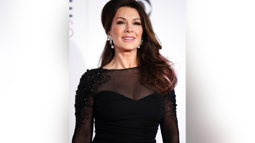Lisa Vanderpump arrives at the People's Choice Awards 2016 in Los Angeles, California January 6, 2016.  REUTERS/Danny Moloshok - RTX21CDJ