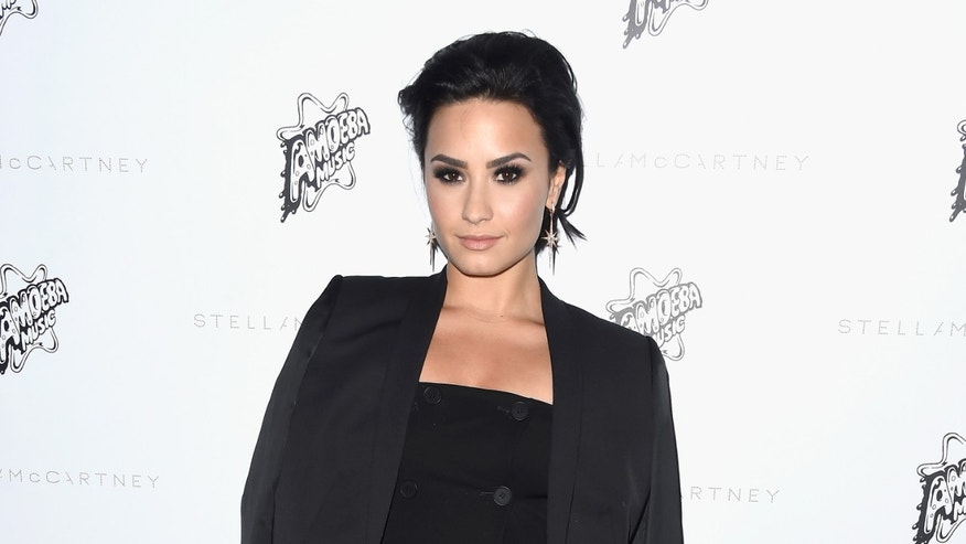 LOS ANGELES, CA - JANUARY 12:  Singer Demi Lovato arrives at Stella McCartney Autumn 2016 Presentation at Amoeba Music on January 12, 2016 in Los Angeles, California.  (Photo by Frazer Harrison/Getty Images)
