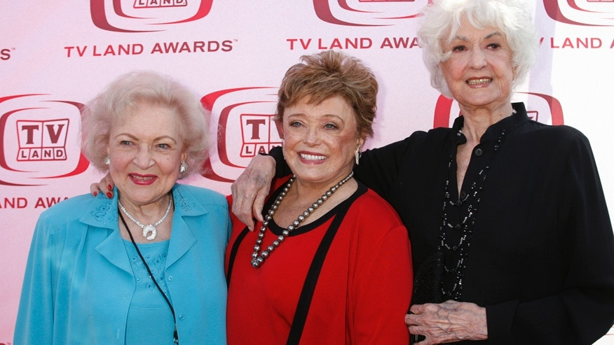 "Actresses (L-R) Betty White, Rue McClanahan and Bea Arthur who starred in TV series ""The Golden Girls"" pose as they arrive for a taping of the 6th annual TV Land Awards in Santa Monica June 8, 2008."