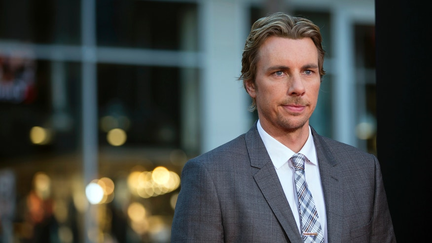 "Cast member Dax Shepard poses at the premiere of ""This Is Where I Leave You"" in Hollywood, California September 15, 2014. The movie opens in the U.S. on September 19. REUTERS/Mario Anzuoni  (UNITED STATES - Tags: ENTERTAINMENT) - RTR46DEX"
