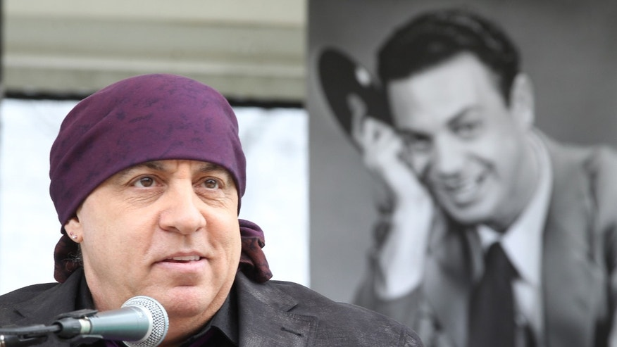 Steven Van Zandt speaking at the re-interment party for Alan Freed, a seminal figure in the history of modern music in Cleveland.