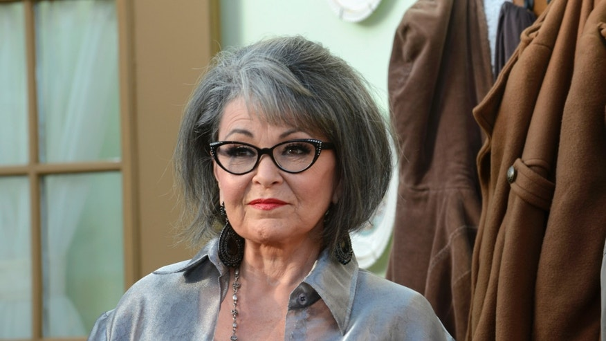 Actress Rosanne Barr arrives for the taping of the Comedy Central Roast of Roseanne in Los Angeles August 4, 2012. REUTERS/Phil McCarten (UNITED STATES - Tags: ENTERTAINMENT PROFILE MEDIA) - RTR365ZP