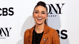 Singer/Songwriter Sara Bareilles arrives for the 2016 Tony Awards Meet The Nominees Press Reception in Manhattan, New York, U.S., May 4, 2016.  REUTERS/Andrew Kelly  - RTX2CUIN