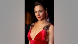 "Gal Gadot arrives for the European Premiere of ""Batman V Superman: Dawn of Justice"" in Leicester Square in London, Britain, March 22, 2016. REUTERS/Luke MacGregor - RTSBRZI"