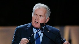 Actor Martin Sheen speaks inside Madison Square Garden where Pope Francis will give a mass later in the day, in New York September 25, 2015.  REUTERS/Carlo Allegri  - RTX1SIJR