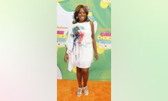 Television personality Star Jones poses at the 2011 Nickelodeon Kids Choice Awards in Los Angeles, California April 2, 2011.  REUTERS/Fred Prouser  (UNITED STATES - Tags: ENTERTAINMENT)