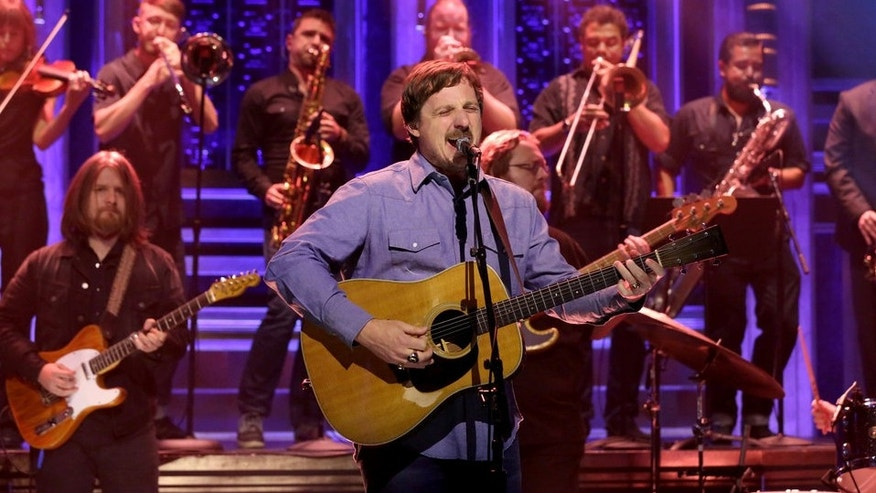 Musical guest Sturgill Simpson performs on 'The Tonight Show Starring Jimmy Fallon' on July 27, 2016.