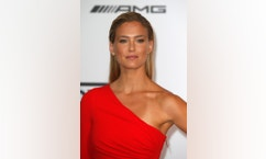 Israeli model Bar Refaeli arrives for amfAR's Cinema Against AIDS 2014 event in Antibes during the 67th Cannes Film Festival May 22, 2014. REUTERS/Benoit Tessier (FRANCE - Tags: ENTERTAINMENT) - RTR3QGIG