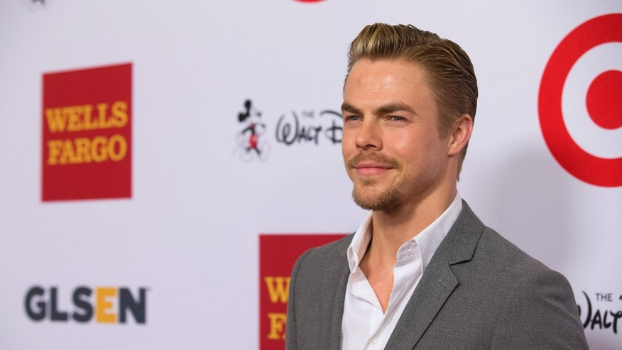 Professional dancer Derek Hough poses at the 10th Annual GLSEN (Gay, Lesbian & Straight Education Network) Respect Awards in Beverly Hills, California October 17, 2014.
