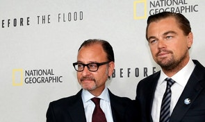"UN Messenger of Peace Leonardo DiCaprio and director Fisher Stevens pose together during arrivals for a screening of their documentary film ""Before the Flood"" at the United Nations in New York City, U.S. October 20, 2016. REUTERS/Brendan McDermid - RTX2PSP9"