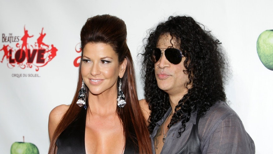 Slash claims he was never really married to ex, report says