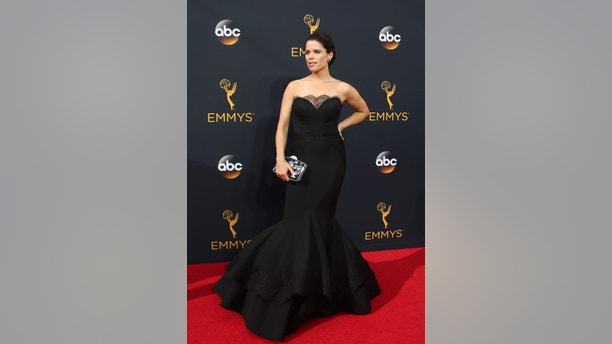 """Actress Neve Campbell from the Netflix series """"House of Cards"""" arrives at the 68th Primetime Emmy Awards in Los Angeles, California U.S., September 18, 2016.  REUTERS/Lucy Nicholson - RTSOBXW"""