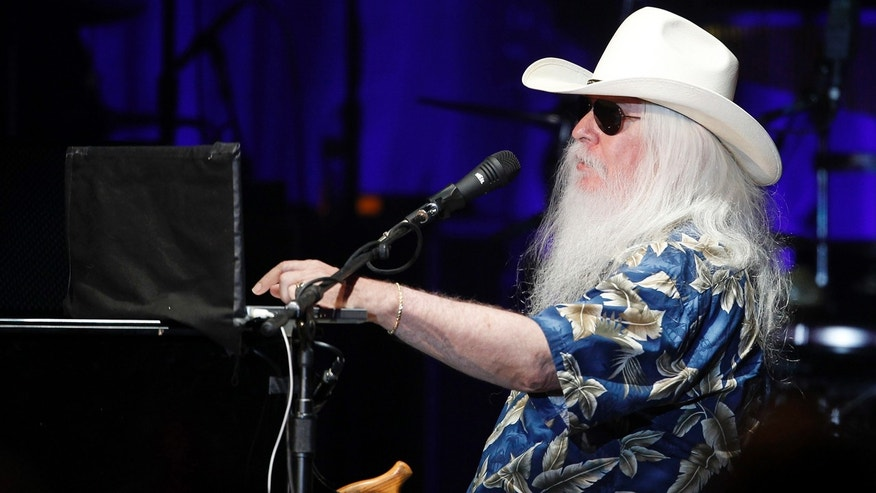 how tall is leon russell