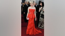 Michelle Williams arrives before the 84th Academy Awards on Sunday, Feb. 26, 2012, in the Hollywood section of Los Angeles. (AP Photo/Matt Sayles)